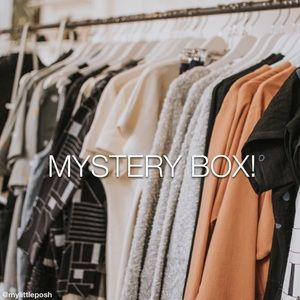 ✨[MYSTERY BOX]✨ 5-7 Pieces Reseller's Box! (XS-M)